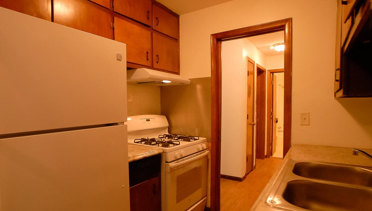 Innovative-Properties-6745 Cedar Avenue South Apt 3-36