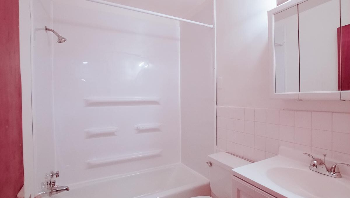 Innovative-Properties-6745 Cedar Avenue South Apt 3-41