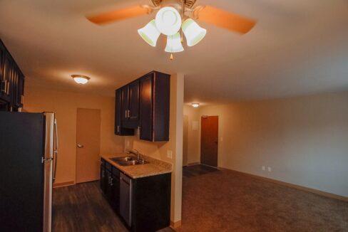 Minneapolis-Apartment-for-Rent-Hopkins Hiawatha Apartments-02