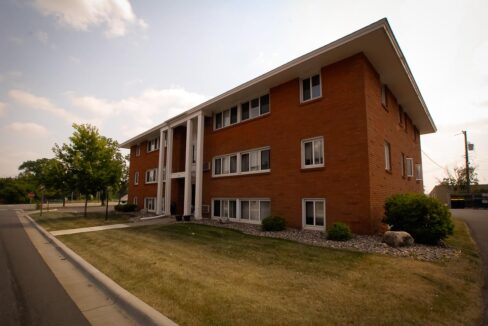 Minneapolis-Apartment-for-Rent-Hopkins Hiawatha Apartments-10